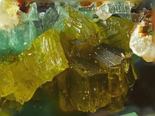 Saléeite, Mg(UO2)2(PO4)2·10H2O, Weißer Hirsch Mine, Neustädtel, Schneeberg District, Erzgebirge, Saxony, Germany. Fov 2 mm. Yellowish saléeite and torbernite