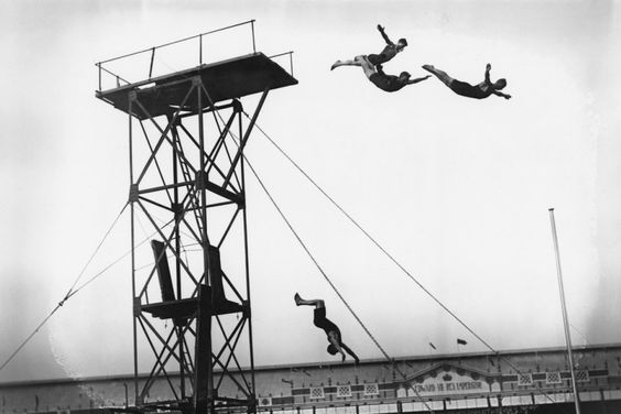 """""""Airborne."""" 1908 Olympics: diving at White City Stadium. Check out more vintage London Olympics photos from The Daily Beast. (credit: Topical Press Agency, Hulton Archive / Getty Images)"""