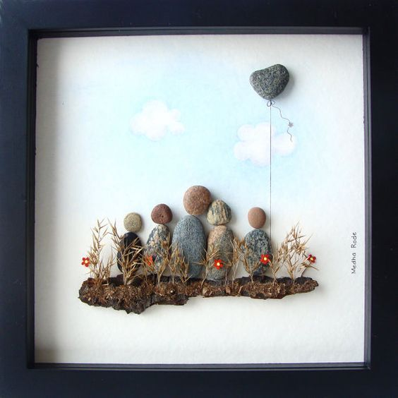 Pebble art family unique family gift family of five for Unusual gifts home