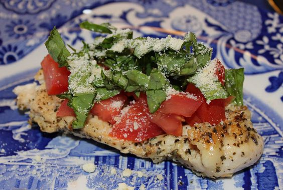 Healthy Grilled Tomato Basil Chicken