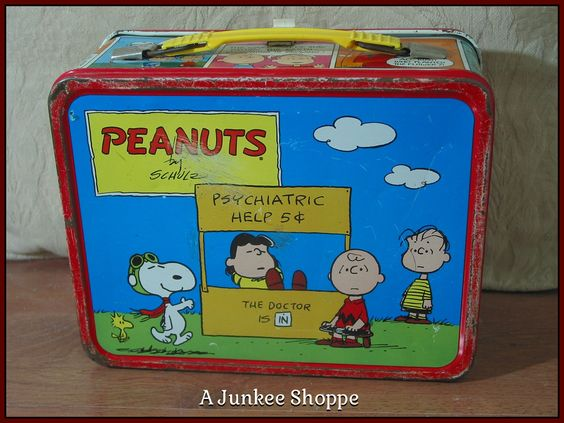 PEANUTS 1973 Lunch Box Charlie Brown Snoopy Lucy Linus Patti No Thermos Used Junk 944  http://ajunkeeshoppe.blogspot.com/