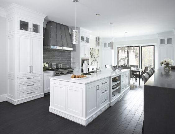 paint colors benjamin moore intense white oc 51 trim. Black Bedroom Furniture Sets. Home Design Ideas