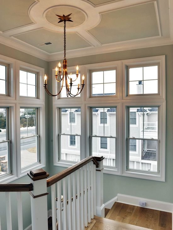 another great ceiling treatment...especially with an interesting medallion.