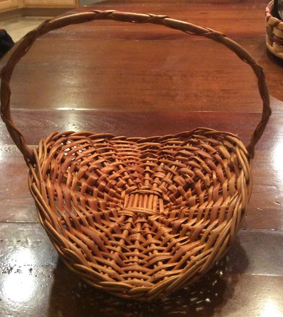 Woven Gathering Basket : Details about vintage petite wicker basket herb flower