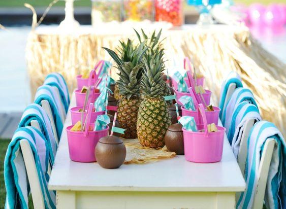 Bei der Gartenpartydeko kann man kreativ sein. Geht es um den Party Deko Ideen für den Sommer, sind dann die Dekoideen wirklich grenzenlos, welche man auf..