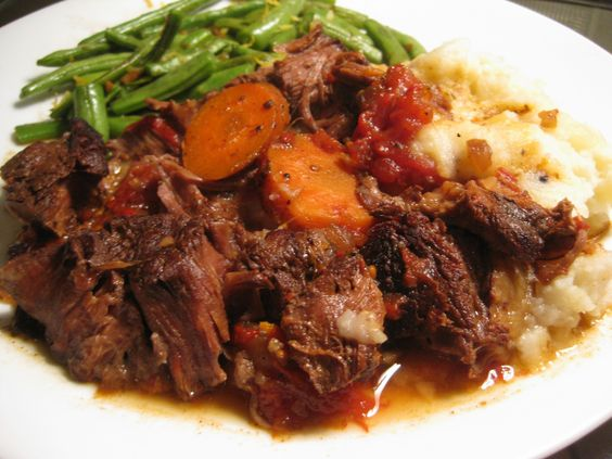 Slow Cooked Pot Roast - Yummy Foooooood
