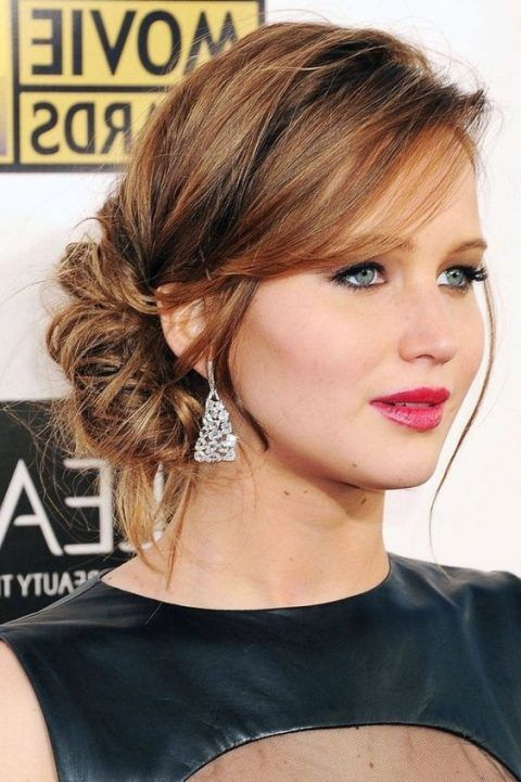 23 Elegant Mother Of The Bride Hairstyles Mother Of The Bride Hair Hair Styles Updos For Medium Length Hair
