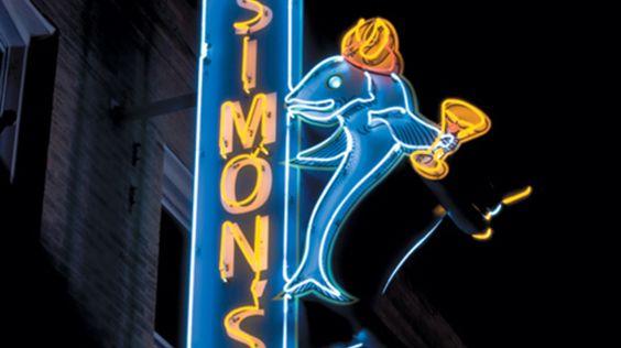 Simon's Tavern - Sip some seasonal glogg