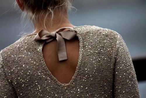 Cute sparkle top with back bow