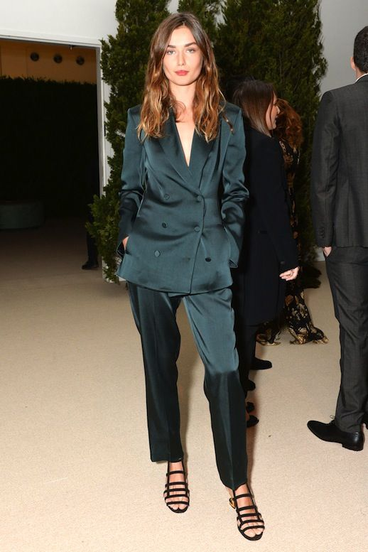 Model Style: Andreea Diaconu Shows Us How To Pull Off A Satin Suit (Le Fashion):