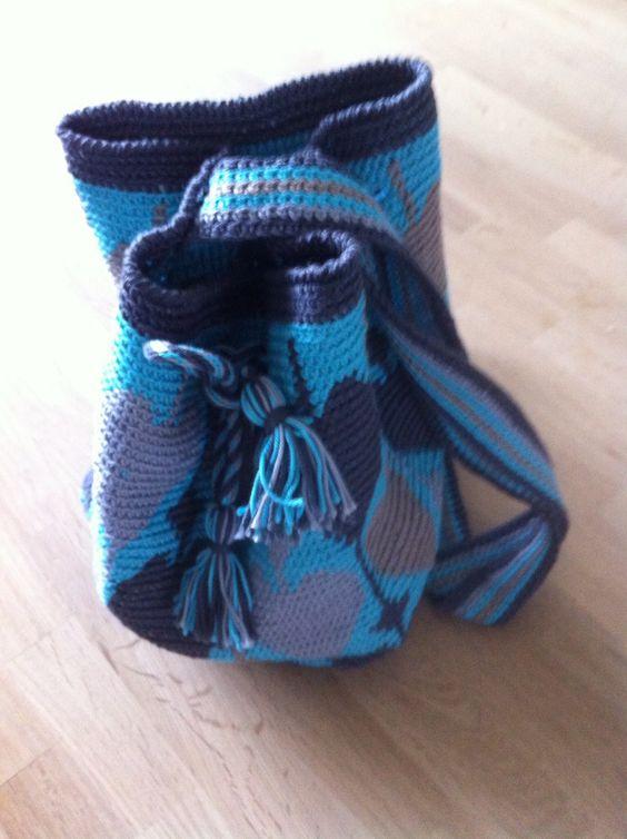Mochila-look-a-like bag