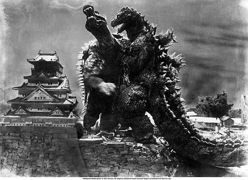 Godzilla and Angilas Battle At Osaka Castle