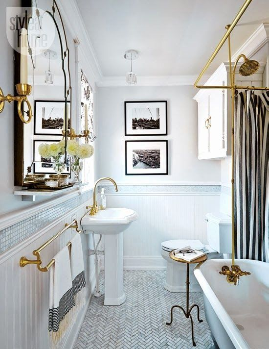 White And Gold Bathroom Ideas Awesome Small Black And White Floor Tiles Gold Black And White Bathroom Flo In 2020 Modern Small Bathrooms Brass Bathroom Bathroom Design