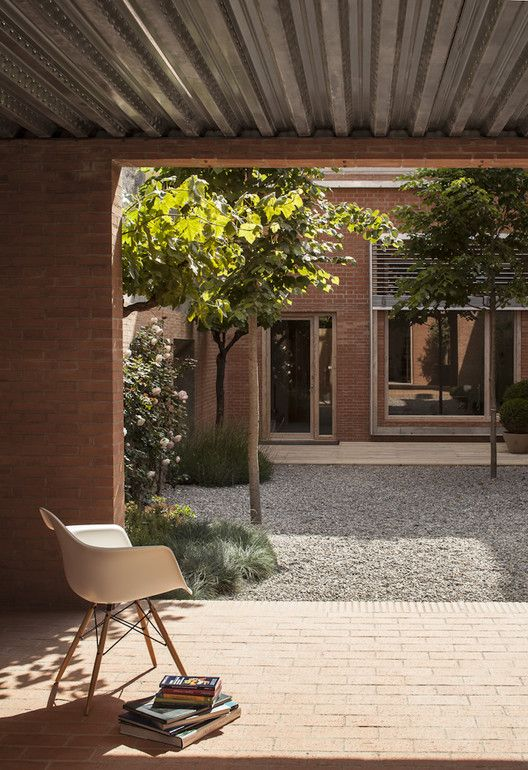 House 1014 / H Arquitectes | ArchDaily