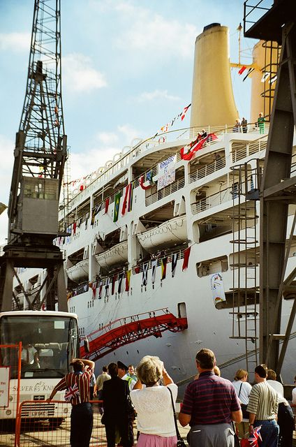 ss canberra   last home ing ocean liners pinterest