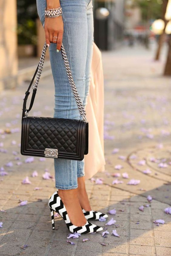 Viva Luxury Is Wearing Chevron Pattern Shoes From Schutz Gilberta And Boy Flap Bag By Chanel