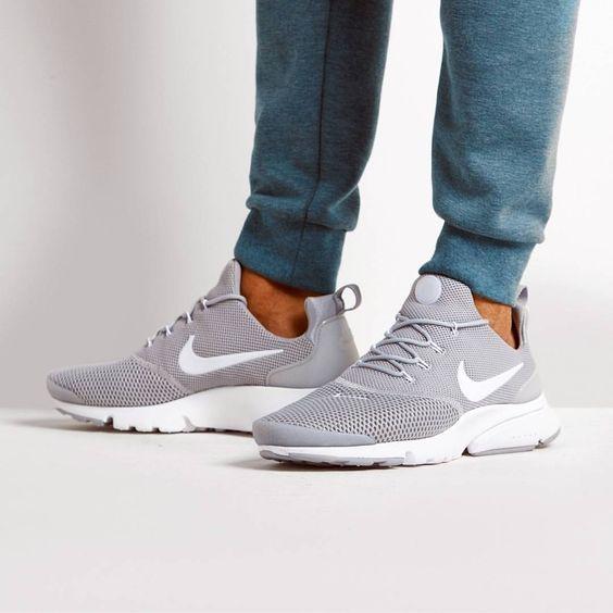 Nike Air Presto Fly Sneakers
