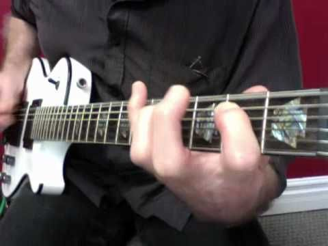 Blues Guitar Lessons • Pinky Pattern In E