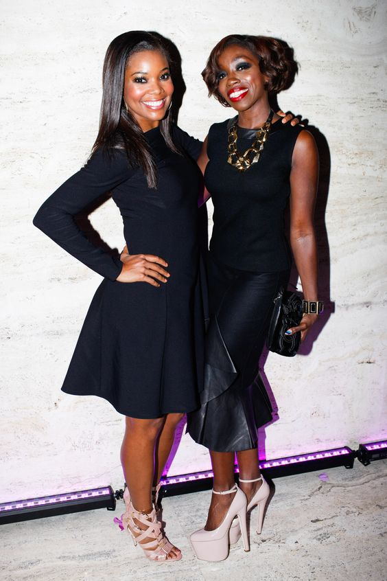 Gabrielle Union and Estelle pose prettily in their Brian Atwood pumps. #BrianAtwood #NYFW