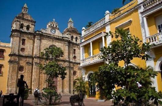 Walking Cartagena Tour - Dora De Zubiria