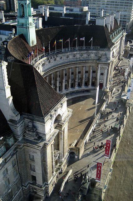 UK - London - South Bank: County Hall #LONDONhotelcleaning #hotelhousekeeper #shieldsecurity