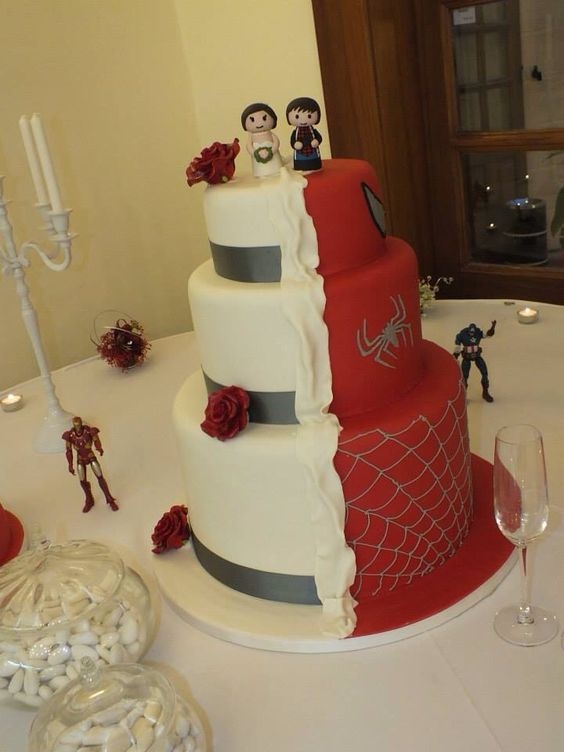 half superman wedding cake wedding cake half and half and on 15052