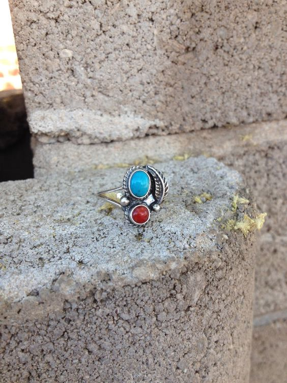 Vintage Sterling Silver Turquoise and Coral Ring Size 7.5