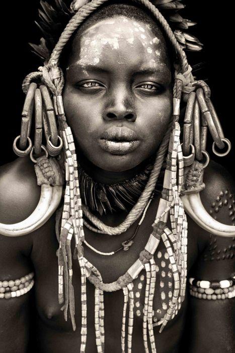 Mursi woman / omo valley  By abgefahren2004     Mario Gerth