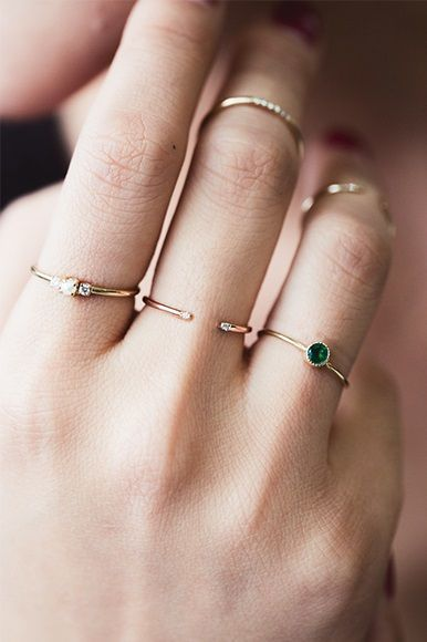 Idée et inspiration Bijoux :   Image   Description   dainty rings