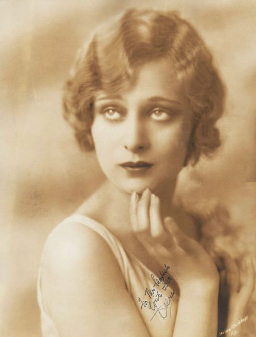 Dolores Costello, 1920s; photo by Irving Chidnoff