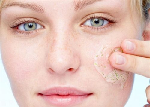 4 cách chăm sóc da khô giúp da luôn mềm mịn đẹp tự nhiên