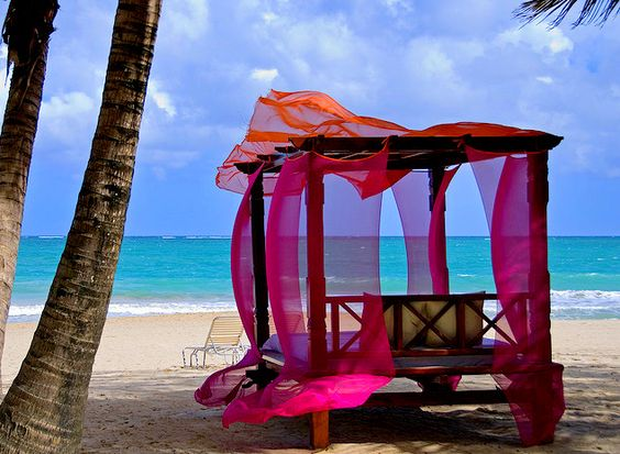 Take me here....fabulous tropical colors
