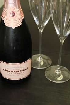Graham Beck sparkling wine... delish!!