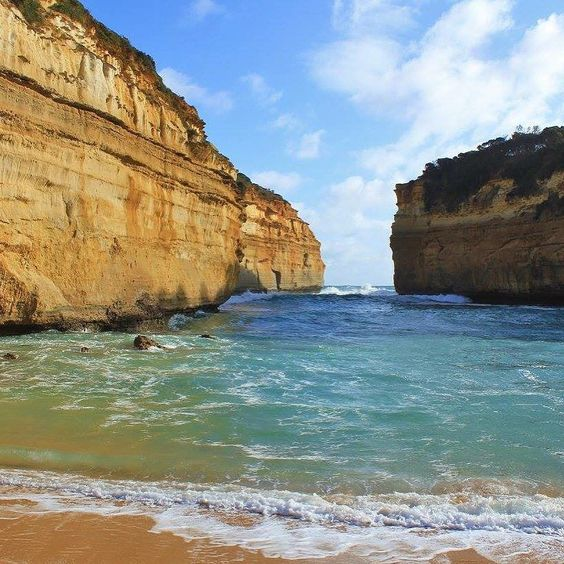 #lochardgorge #greatoceanroad #victoria #australia by lillii.h