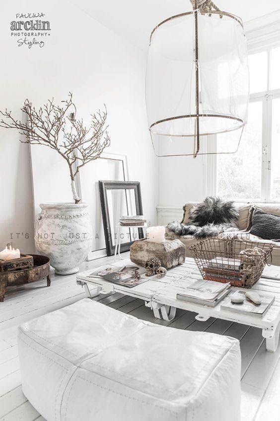 Minimal interior design / Scandinavian Design Inspiration #interiorgoals #minimalinterior #interiordecor #interiordesign / Pinterest: @fromluxewithlove