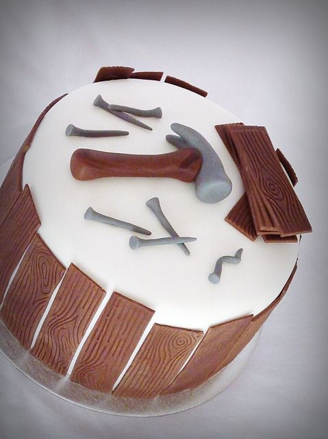 Carpenter cake by Mina Magiska Bakverk (My Magical Pastries), via Flickr