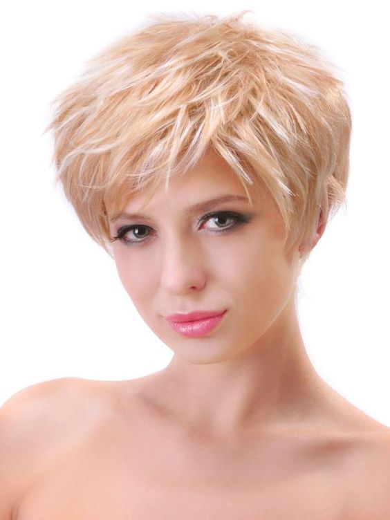 Pleasant Oval Faces Round Face Hairstyles And Short Girl Haircuts On Pinterest Short Hairstyles Gunalazisus