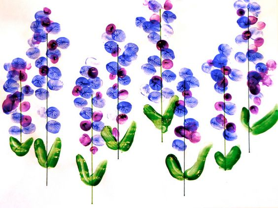 Fingerprint bluebonnets - sweet mom & toddler project. Dr. Tracht and Dr. Briskie Pediatric Dentistry | #RochesterHills | #MI | www.kidsgrins.com