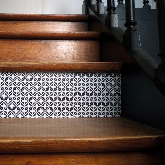 Domino n 6 domino by mlle ing contremarche escalier adhesifs sticker vin - Tapis escalier saint maclou ...