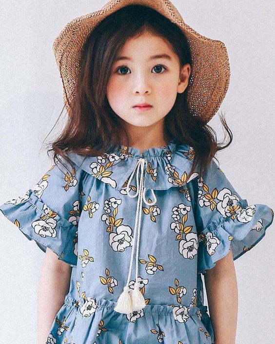 Hình ảnh bé gái xinh đẹp