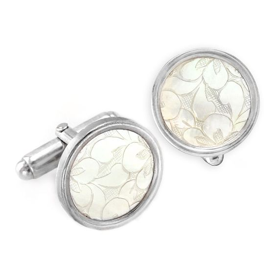 Donna Chambers Gambling Chip Cufflinks. We carry the complete collection of jewelry designer Donna Chambers hand made antique mother-of-pearl gaming chip jewelry. Each one-of-a-kind piece of jewelry is perfect for those that want to wear the extraordinary! Visit Renaissance Fine Jewelry in Vermont. www.vermontjewel.com