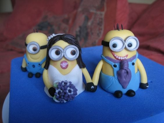 Minion bride & groom cake toppers