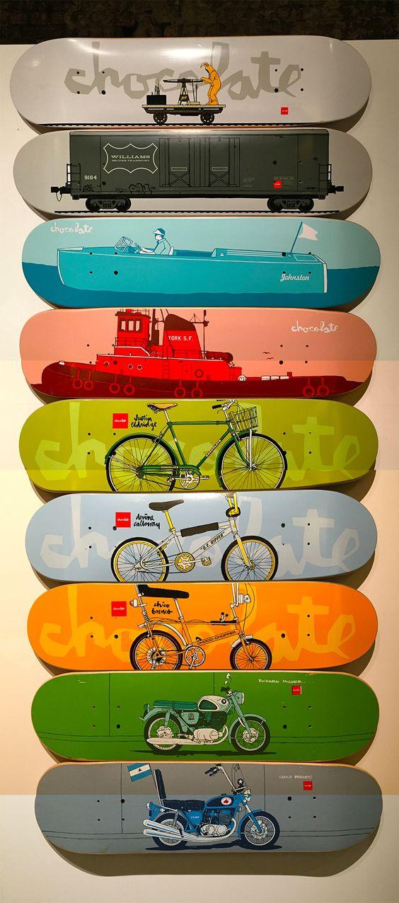 シンプルなデザインのスケートボード