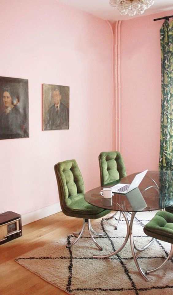 groen met roze eethoek