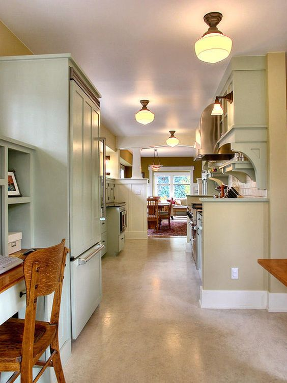 Small kitchen design ideas and solutions light colors for Galley kitchen open to dining room