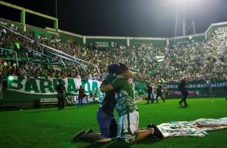 Stadium tributes to Chapecoense soccer team: