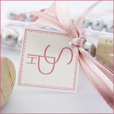 Logo entwerfen, was sich durch die gesamte Hochzeit zieht