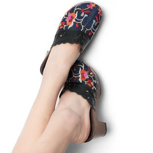 #Swanmarks Liebo 2012 New Flower Embroidery Rough Heels Hollowed-out Slippers