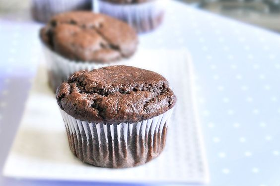 healthy chocolate cupcakes. Includes ways to make them sugar-free and fat-free. YUM! These would go great with the Chocolate Mousse Frosting!
