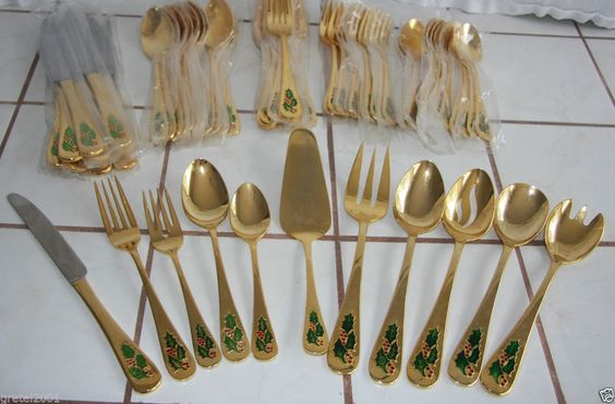 Vintage Gold Holly Berry Flatware Enameled Christmas Silverware Set  60+ PIECES